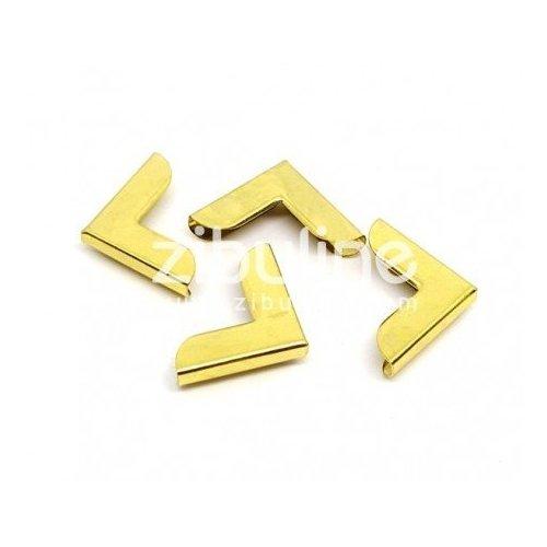 Coins en métal simples dorés - Zibuline